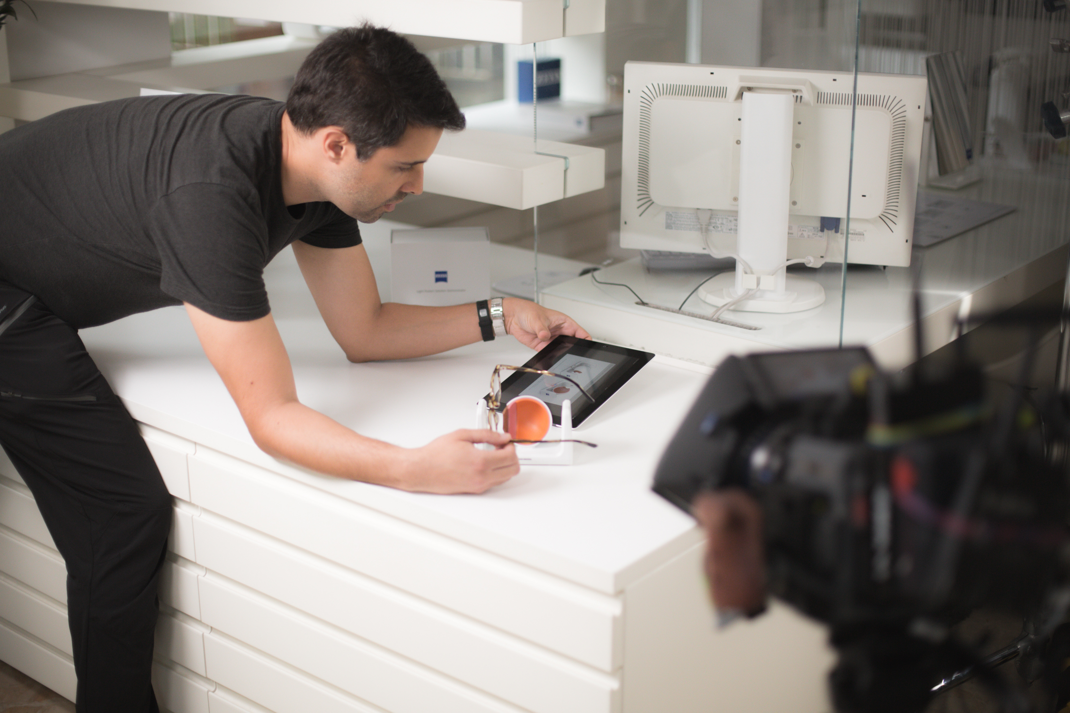 Making of Zeiss UVProtect campaign produced by APZmedia